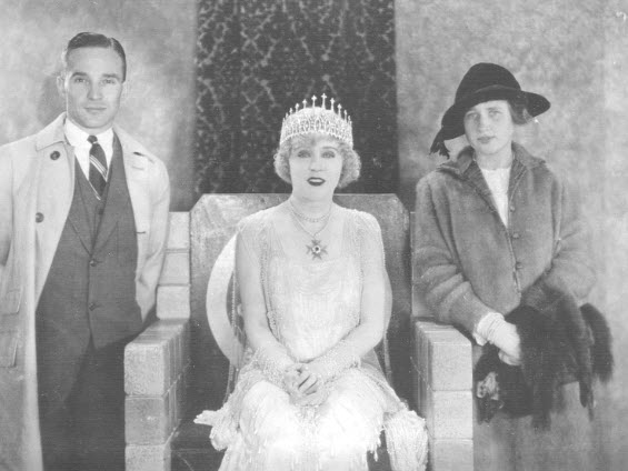 Edsel Ford, president of Ford Motor Company, and wife Eleanor visit Mae on the set of Jazzmania (1923).