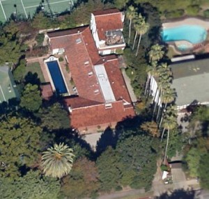 Mae's home at  13047 San Vincente Blvd., from a bird's eye view.