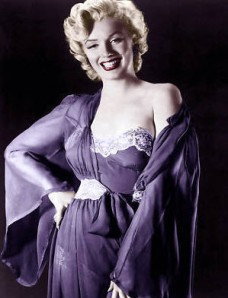 Marilyn Monroe as Mae Murray?
