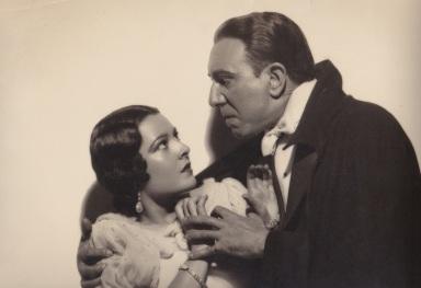 Lupita with Carlos Villarias in the Spanish-language version of Dracula