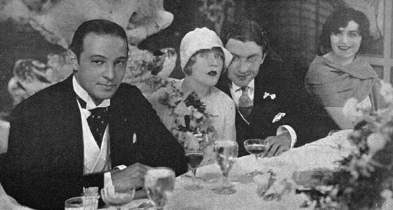 Rudy and Pola Negri (L and R) were best man and maid of honor at Mae's marriage to David Mdivani