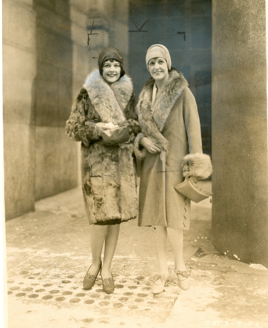 Sally (L) and mother Edithe in January 1928, New York City